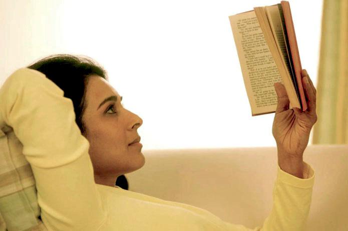 woman-reading11